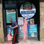 Campi Bisenzio (FI), svastica e scritta 'ebrei al forno' davanti alla sede di Forza Italia