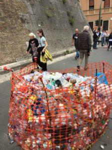La discarica ai Musei Vaticani